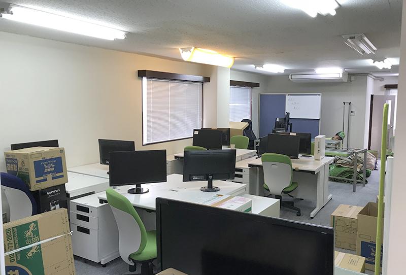 新松戸 某不動産店の3階オフィス